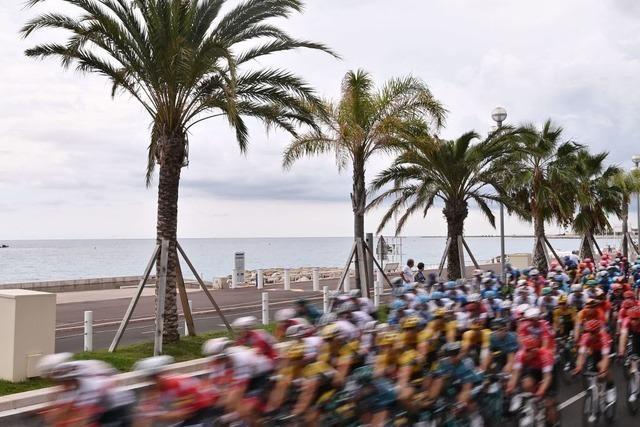 Fotos: Die Tour de France rollt durch Frankreich