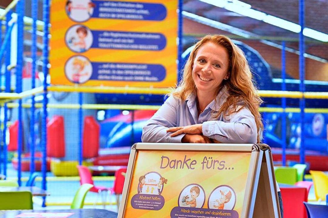 Ines Bender hat die Kinder-Galaxie  mi...tem Angebot am Freitag wiedereröffnet.  | Foto: Michael Bamberger
