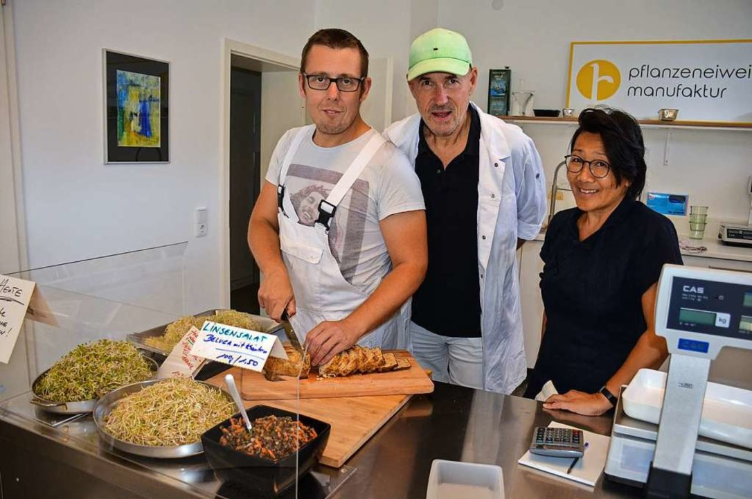 Eingespieltes Team: Christian Burger, Wolfgang Heck und Tina Nguyen (von links)    Foto: Gabriele Hennicke