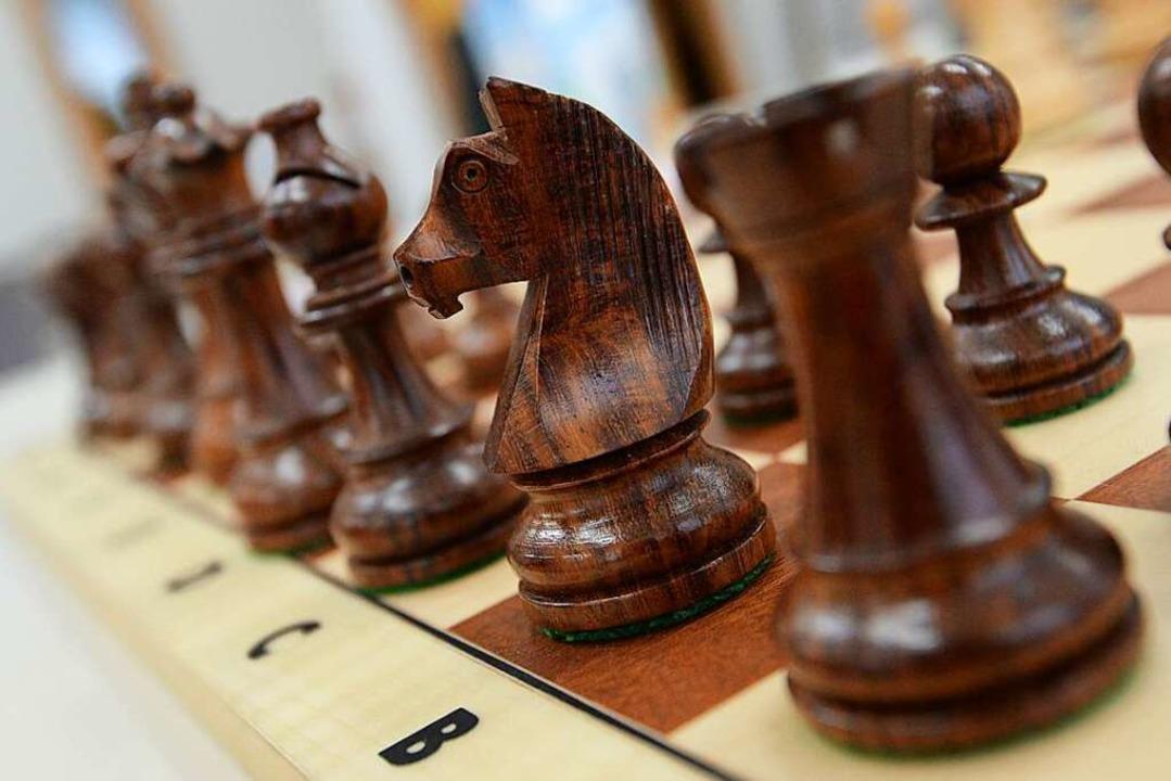 Ein Springer auf dem Schachbrett  | Foto: Patrick Seeger