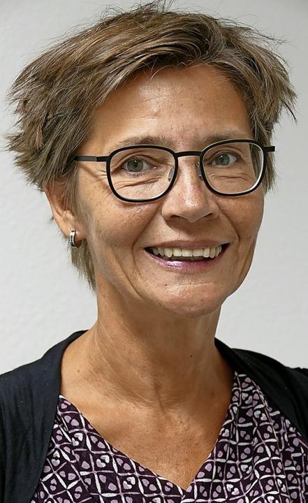 Sucht händeringend nach weiteren Schulräumen: VHS-Leiterin Barbara Schweer   | Foto: Hans-Peter Müller