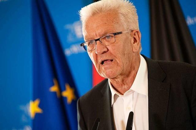 Ministerpräsident Kretschmann bietet Hilfe nach Brand in Moria an