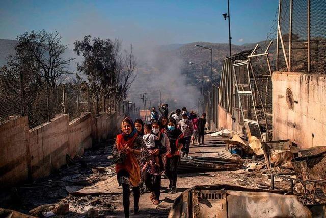 Es war eine Zeitbombe: Europas größtes Flüchtlingscamp in Schutt und Asche