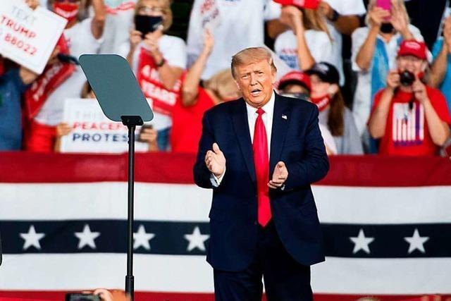 US-Präsident Trump will Corona-Gefahr absichtlich heruntergespielt haben