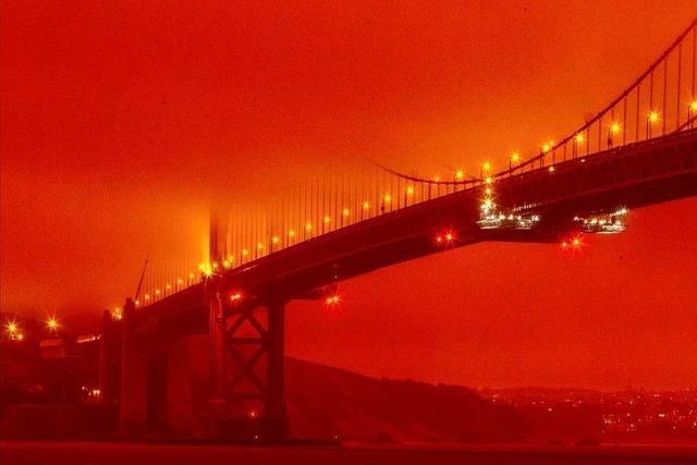 Fotos: Waldbrände wüten an der US-Westküste und hüllen die Städte in Rauch