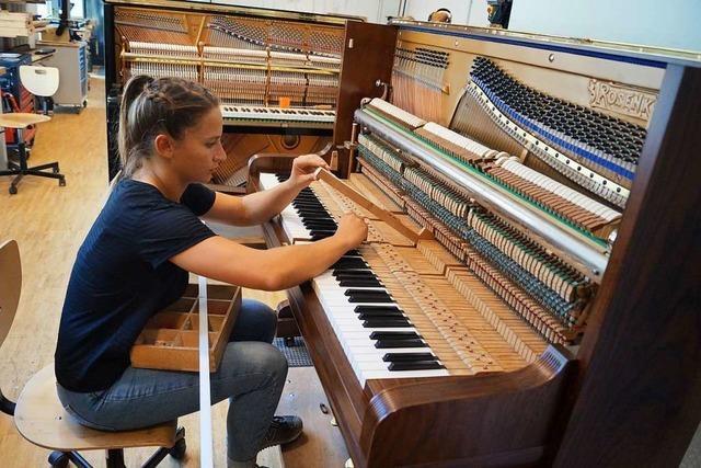 Klavierbauerin – ein Beruf mit Handwerk und Musik