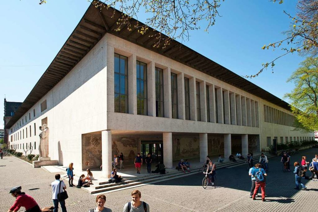 Das Kollegiengebäude der Universität am Petersplatz    Foto: Christian Flierl