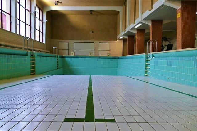 Die Rheinfelder Schwimmer sitzen auf dem Trockenen