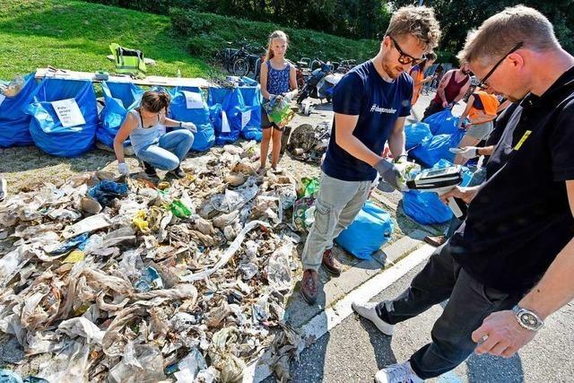 Ergebnisse der Müllsammelaktion am Zähringer Dorfbach schockieren