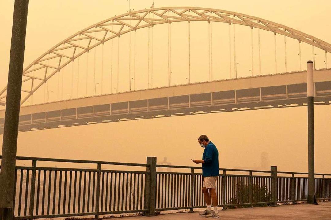 Portland, Oregon: Rauch der Brände mac...en an der gesamten Westküste Probleme.    Foto: Nathan Howard (AFP)