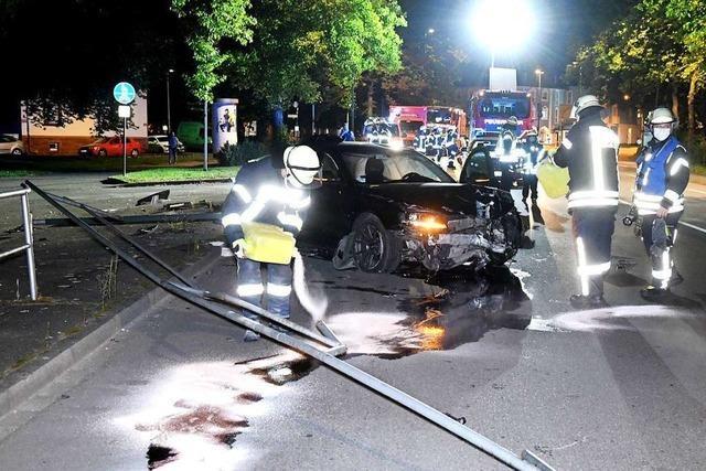 Alkoholisierter Fahrer verliert Kontrolle über Audi auf der B 415 in Lahr