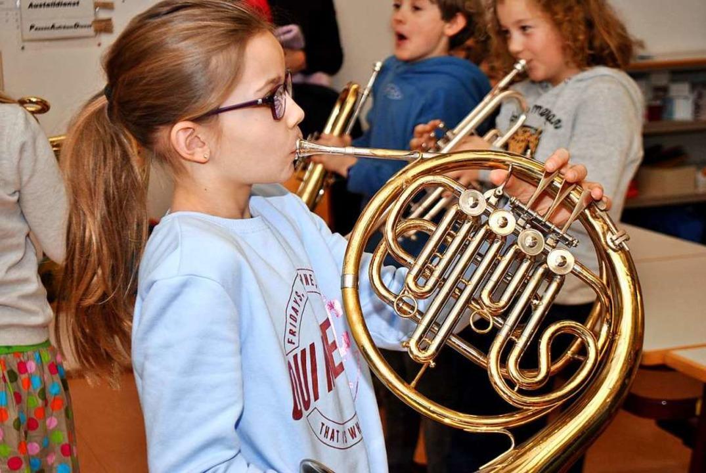 Instrumentenkarussell an den Schulen &...sministerium vorerst nicht geben soll.  | Foto: Friederike Zimmermann