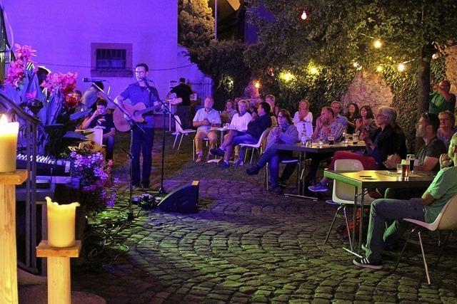Irische Klänge im Schlosshof