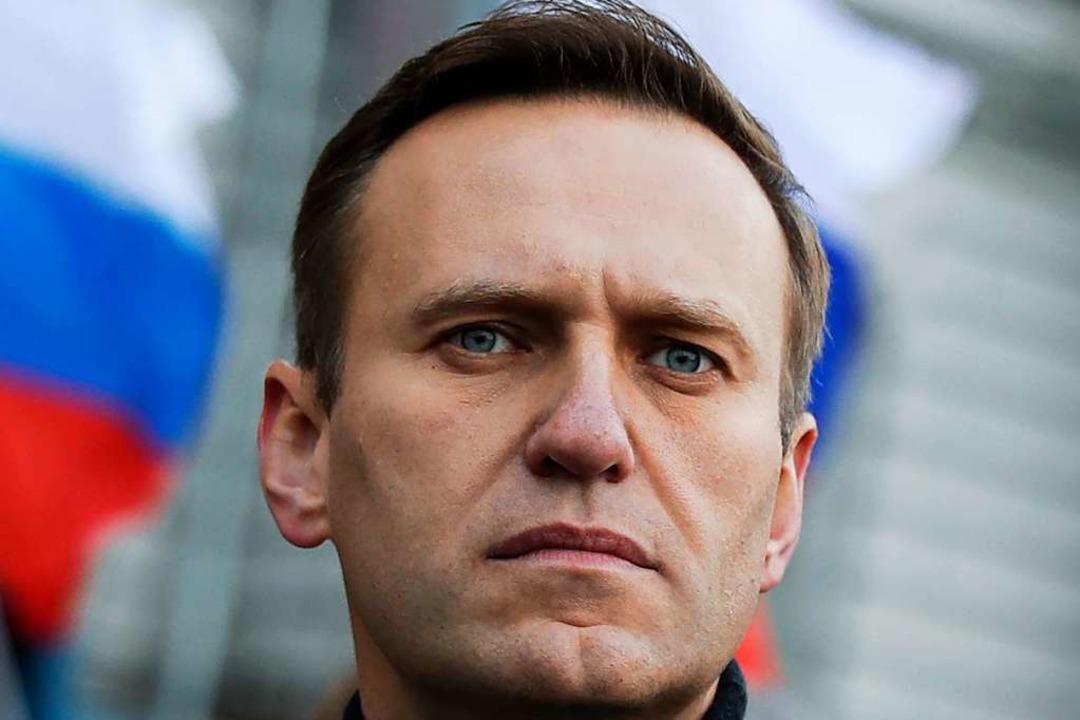 Alexej Nawalny ist Oppositionsführer i...r schärfsten Kritiker Wladimir Putins.  | Foto: Pavel Golovkin (dpa)