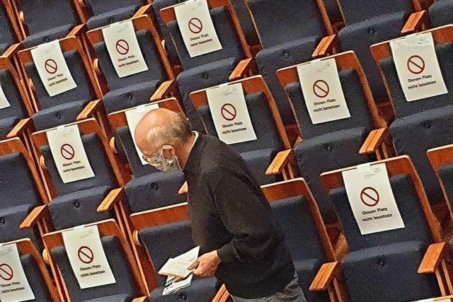 Die Münchner Philharmoniker im ausverkauften – und doch sehr leeren Freiburger Konzerthaus