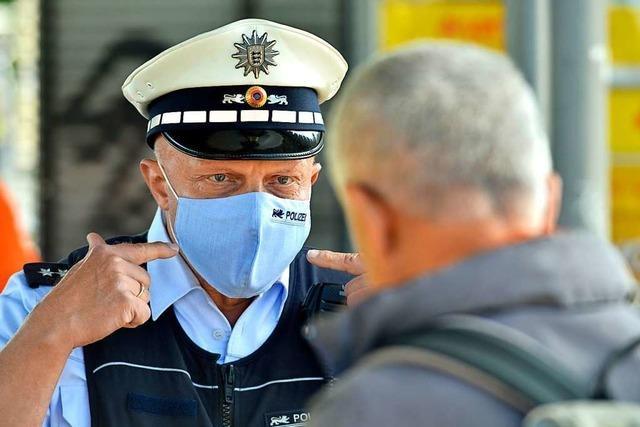 Polizei verhängt Bußgelder gegen 16 Maskenverweigerer in Südbaden