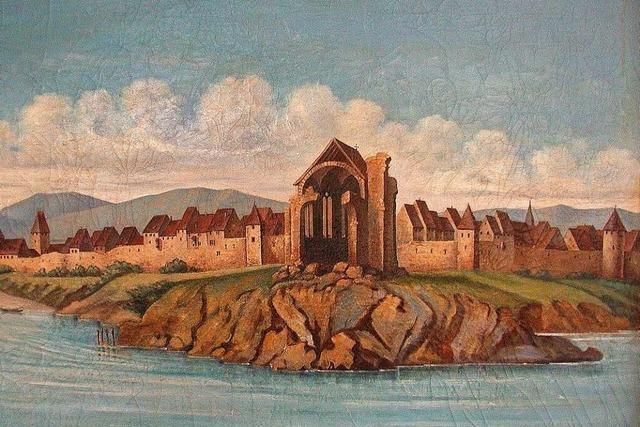 Monstranz erinnert an den Turm des zerstörten Münsters in Neuenburg
