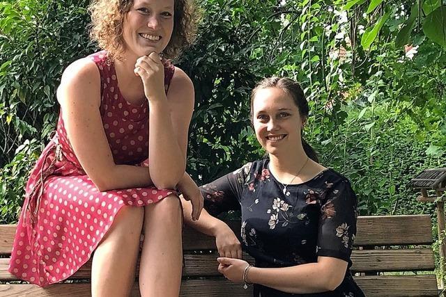 Das Geschwisterduo Lisa und Lena Kietz spielt Stücke von Bodo Wartke im Bürgerhaus