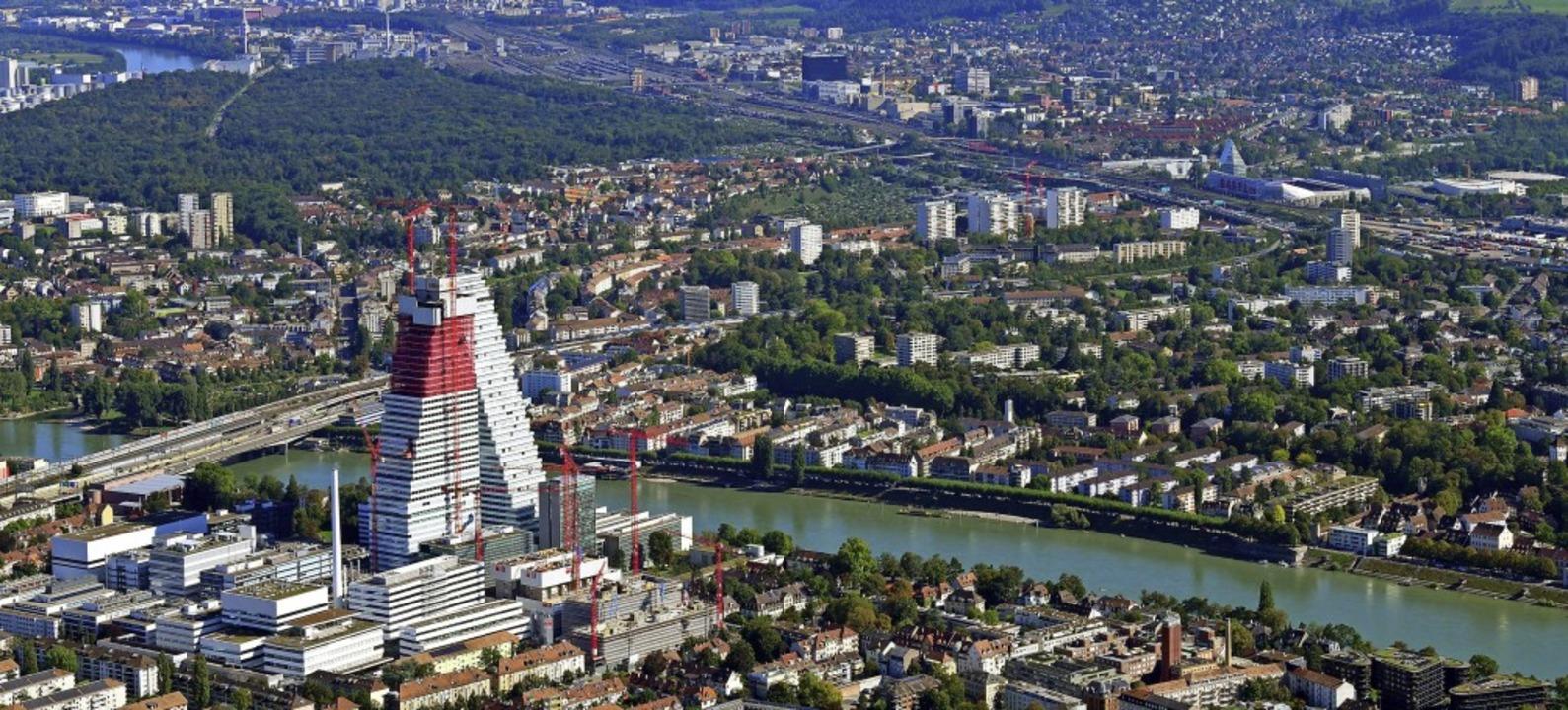 Die gute wirtschaftliche Entwicklung u...sst die Stadt am Rhein weiter wachsen.  | Foto: Erich Meyer