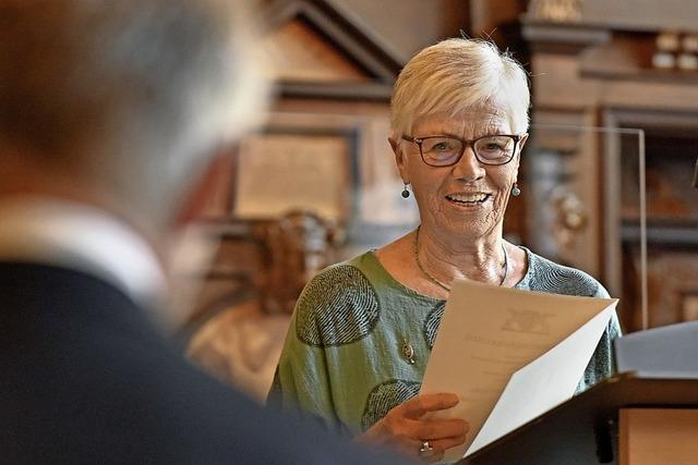 Renate Landwehr erhält Ehrennadel des Landes für ihr Engagement