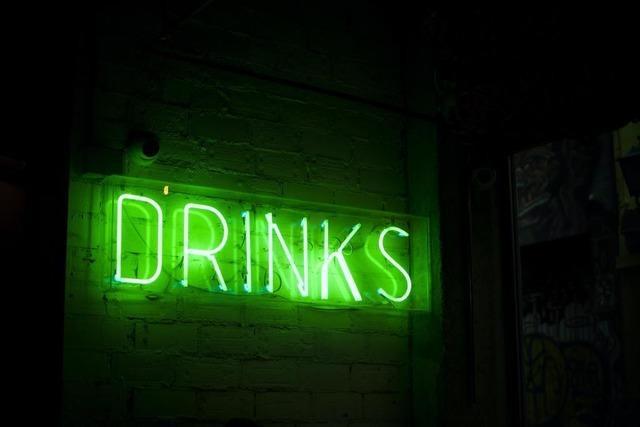 Meine Meinung: Wir sollten aufhören, andere zu überreden, Alkohol zu trinken