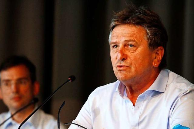 Sozialminister Manfred Lucha erläutert seine Reform der Kliniklandschaft