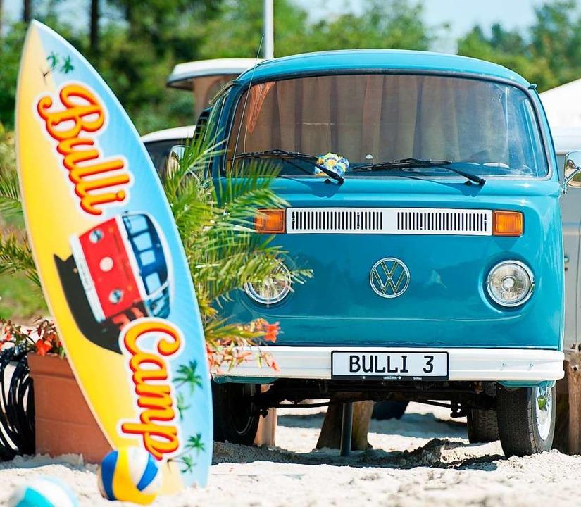 Ein Autofahrer hat auf der A5 sein Surfbrett verloren (Symbolbild).  | Foto: Philipp Schulze