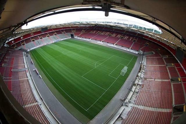 8000 Fans beim SC-Spiel im Stuttgarter Stadion