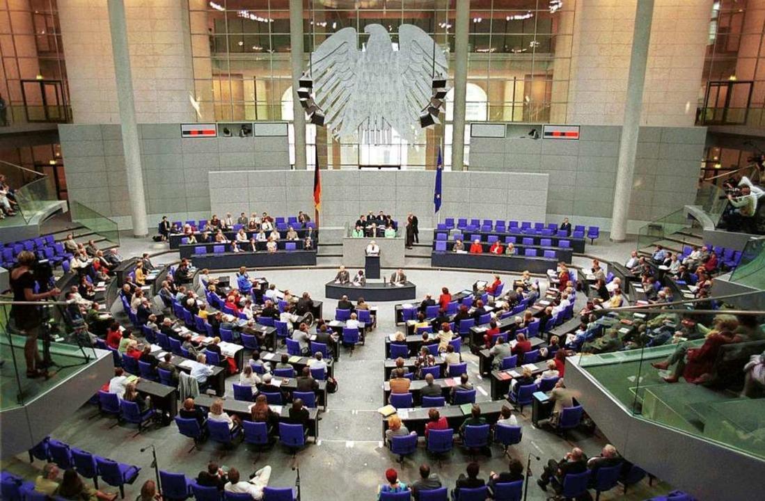 Mit einer Reform des Wahlrechts soll e...e Lösung geht vielen nicht weit genug.  | Foto: Ulrich Baumgarten