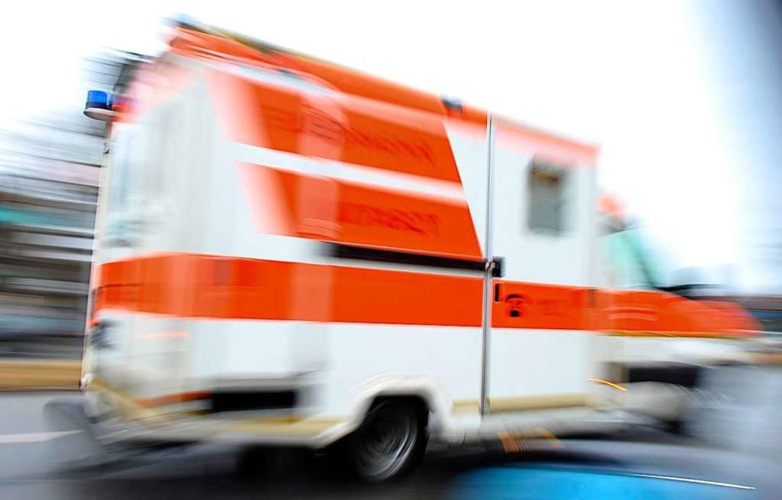 Die 84-Jährige wurde nach dem Sturz ins Krankenhaus eingeliefert (Symbolbild).  | Foto: Andreas Gebert