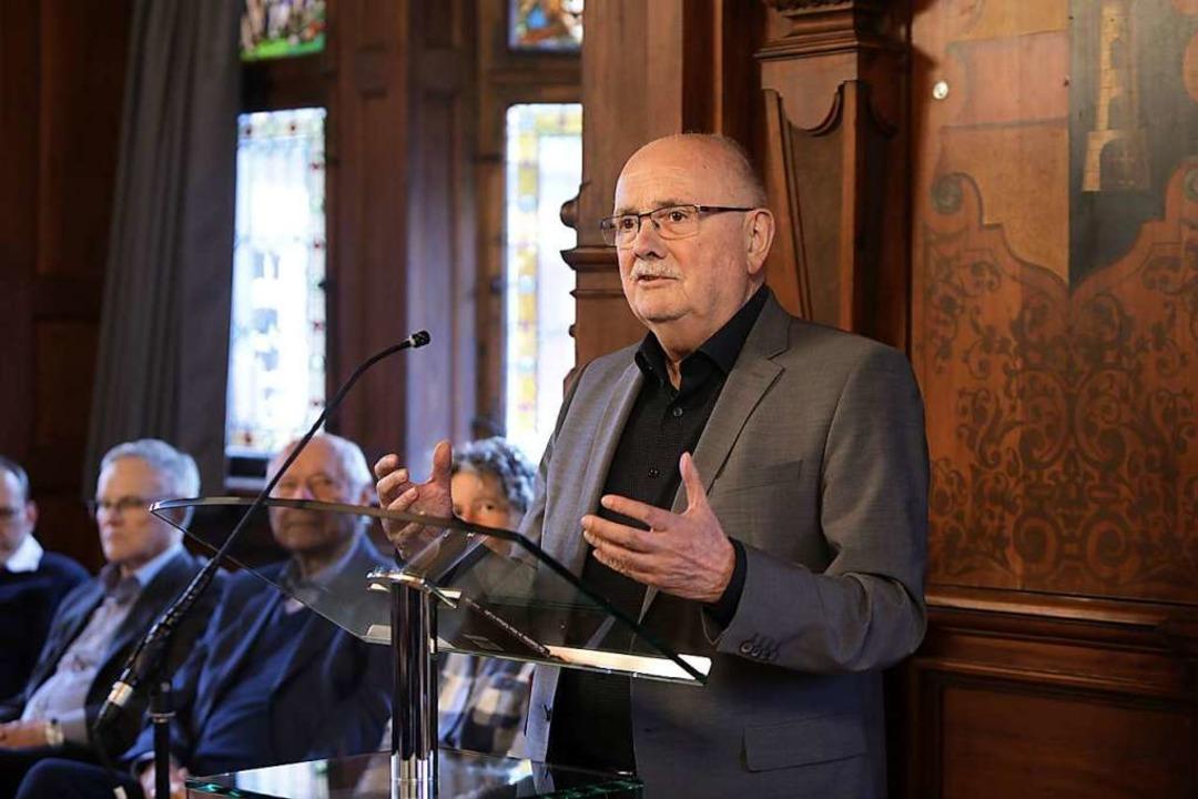 Walter Caroli 2019 bei einer Buchpräsentation  | Foto: Christoph Breithaupt