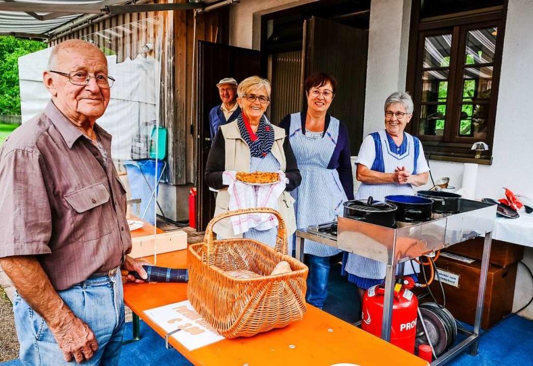Striebli-Fans:  Albert Schonhardt hat ... das Engagement des Brauchtumsvereins.  | Foto: Birgit-Cathrin Duval
