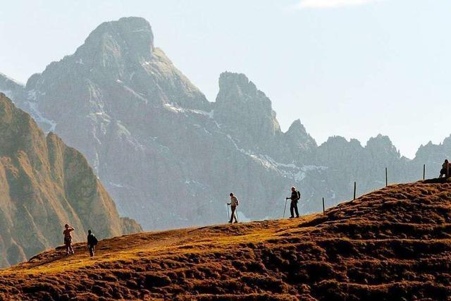 Worauf Wanderer im Spätsommer und Herbst achten sollten