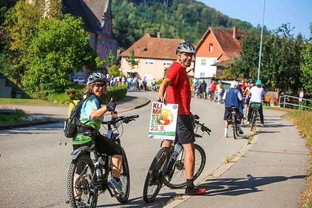 Bürger aus Ettenheimmünster treten für einen Radweg in die Pedale