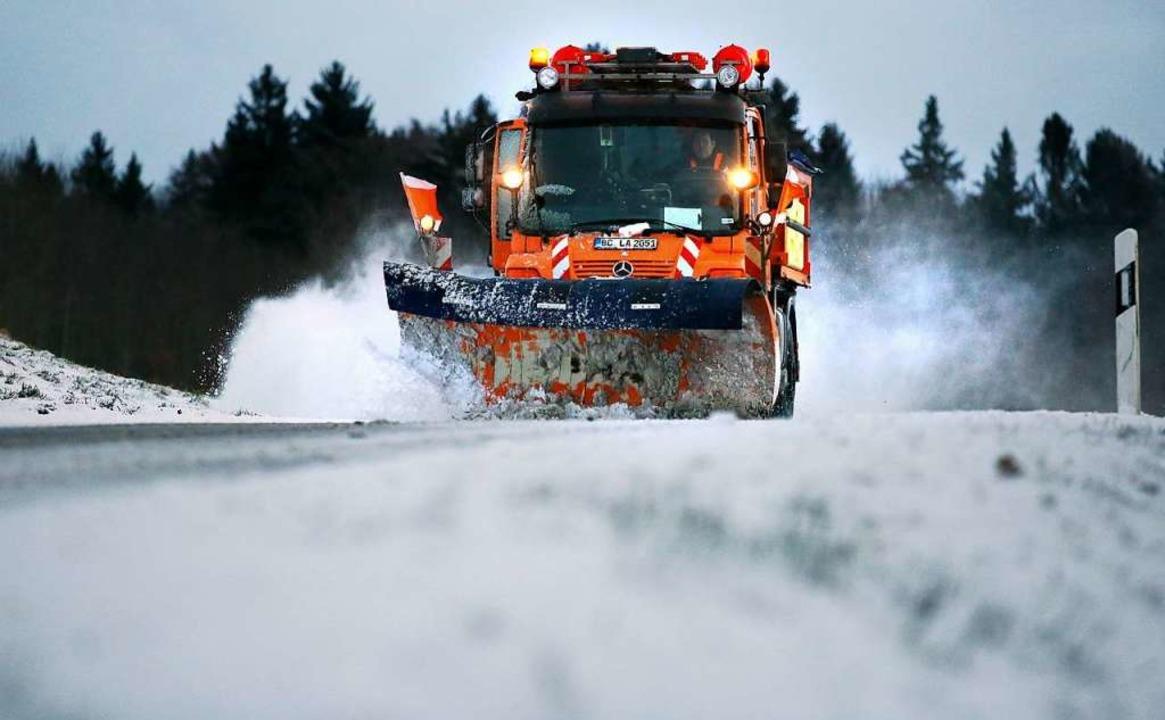 Auch der Winterdienst könnte in einem ...men Bauhof zentral organisiert werden.  | Foto: Thomas Warnack