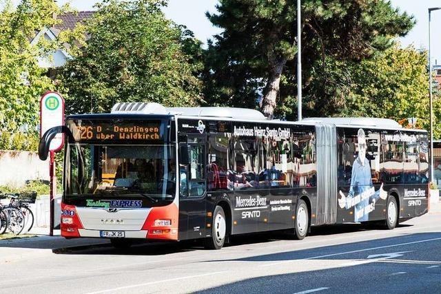 Schienenersatzverkehr nach Waldkirch ist zu Unterrichtsbeginn und -ende überlastet