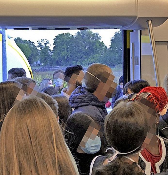 Drangvolle Enge in der Breisgau-S-Bahn...gmorgen. <BZ-Foto>Leserfoto </BZ-Foto>