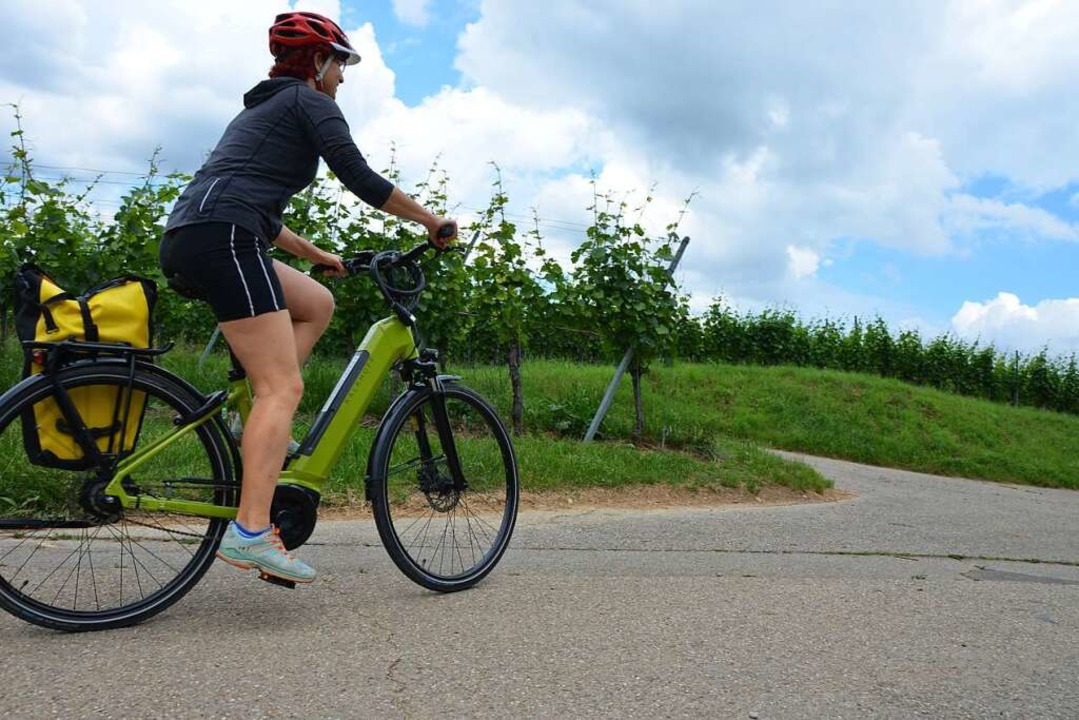Guter Tritt: Radeln durch das Markgräflerland geht in die Waden.  | Foto: Anita Fertl