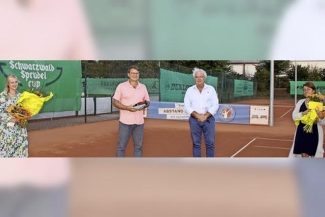 Tennisclub ehrt vier Lebensretter