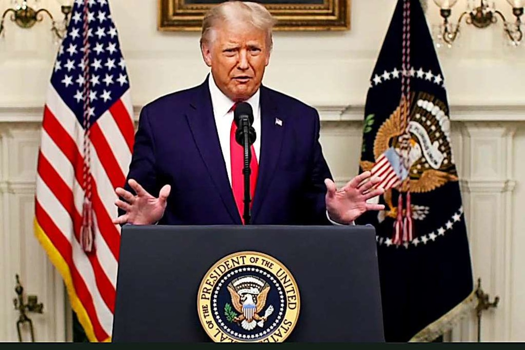 US-Präsident Donald Trump befeuert die...inesischen Labor gezüchtet worden sei.  | Foto: Uncredited (dpa)