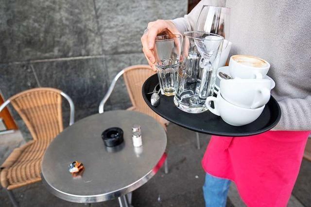 Maskenpflicht in Restaurants jetzt teilweise auch für Gäste