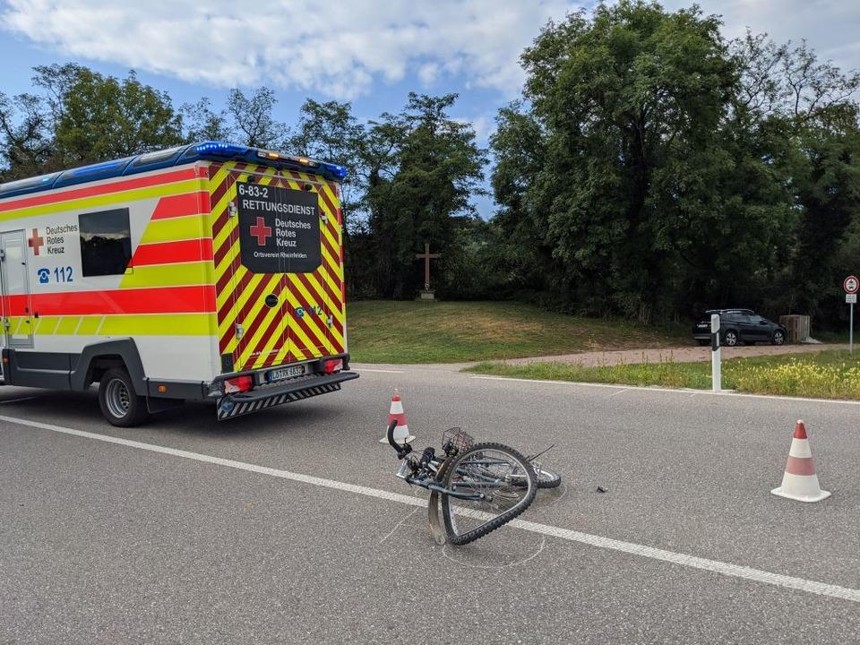 Ein Fahrradfahrer wurde bei einem Unfall auf der B34 verletzt.  | Foto: Heinz und Monika Vollmar