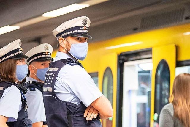 Maskenpflicht wird etwas verschärft, ebenso die Regelung für Ausnahmen
