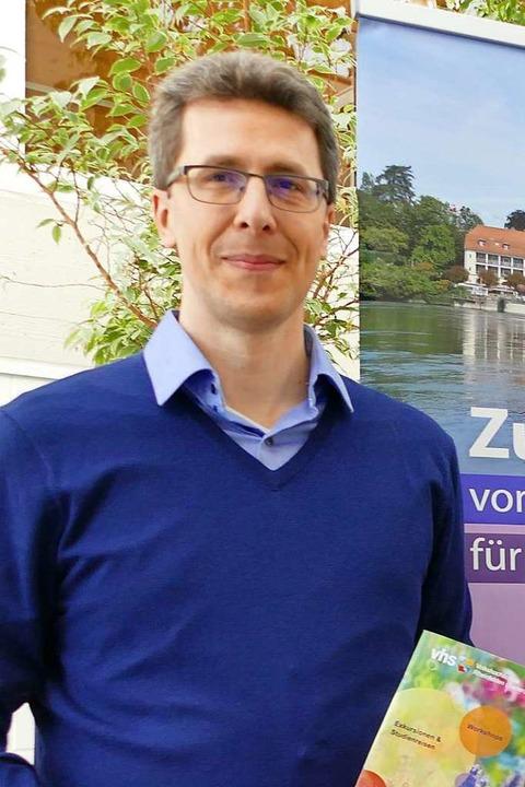 Wirtschaftsförderer Elmar Wendland bei der Einweihung des Gewerbegebiets Sengern  | Foto: Ingrid Böhm