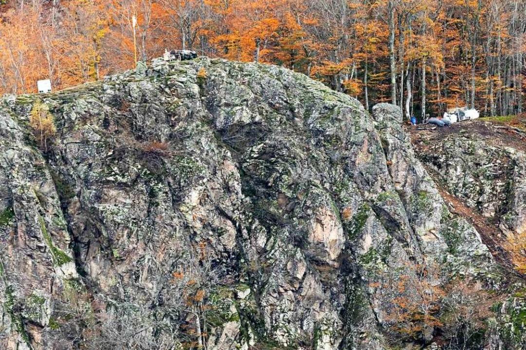 Dieses Bild (November 2019) zeigt bere...r Absicherung von Felsen in Geschwend.  | Foto: Philipp von Ditfurth (dpa)