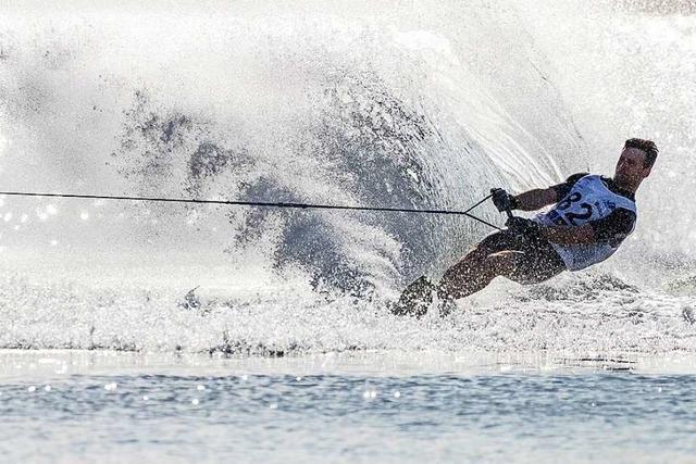 Motorboot-Filmdreh auf dem Schluchsee ruft Polizei auf Plan