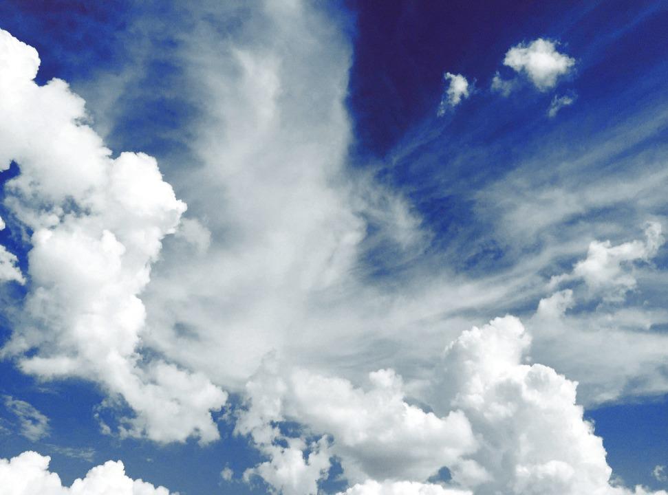 Wird es regnen? Oder doch nicht? Die Z...Forschern konstant, trotz Klimawandel.  | Foto: Stephanie Klepacki (Unsplash.com)