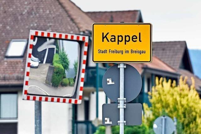 Freiburg-Kappel bekommt eine Bushaltestelle auf Probe am Sportplatz