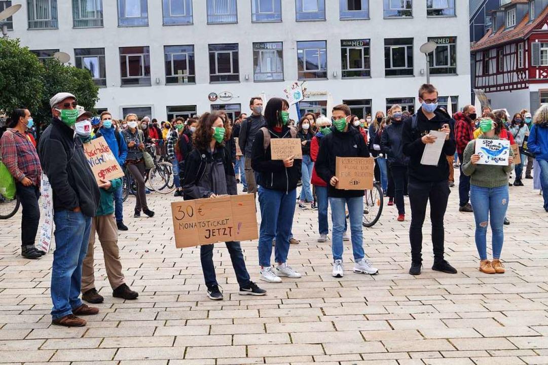 Weniger Teilnehmer als angemeldet hatt...darunter 40 Radfahrer, gezählt werden.  | Foto: Christine Storck-Haupt