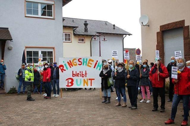 Ringsheimer demonstrieren gegen AfD-Veranstaltung im Bürgerhaus